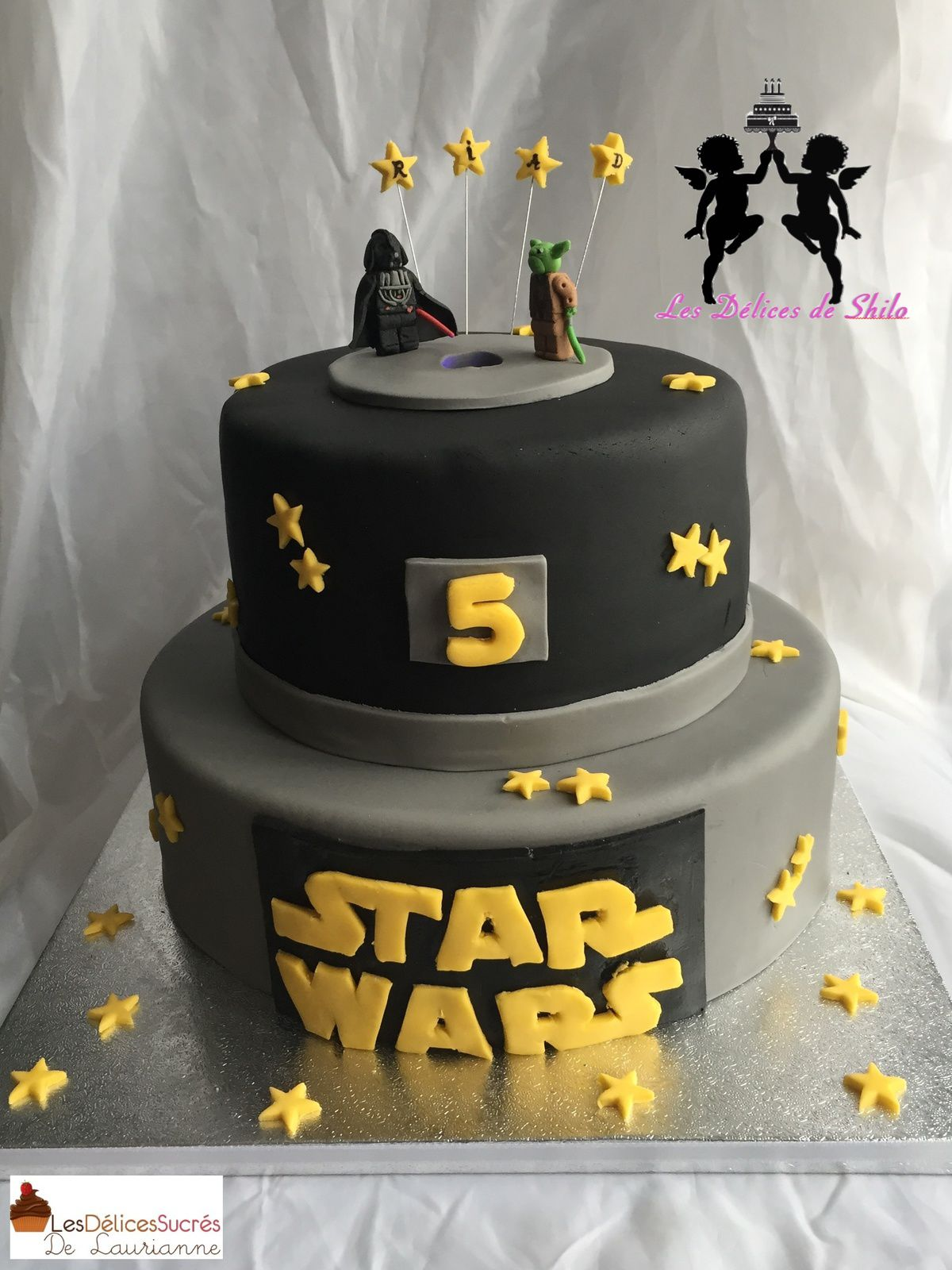 gateau star wars les d lices sucr s de laurianne. Black Bedroom Furniture Sets. Home Design Ideas