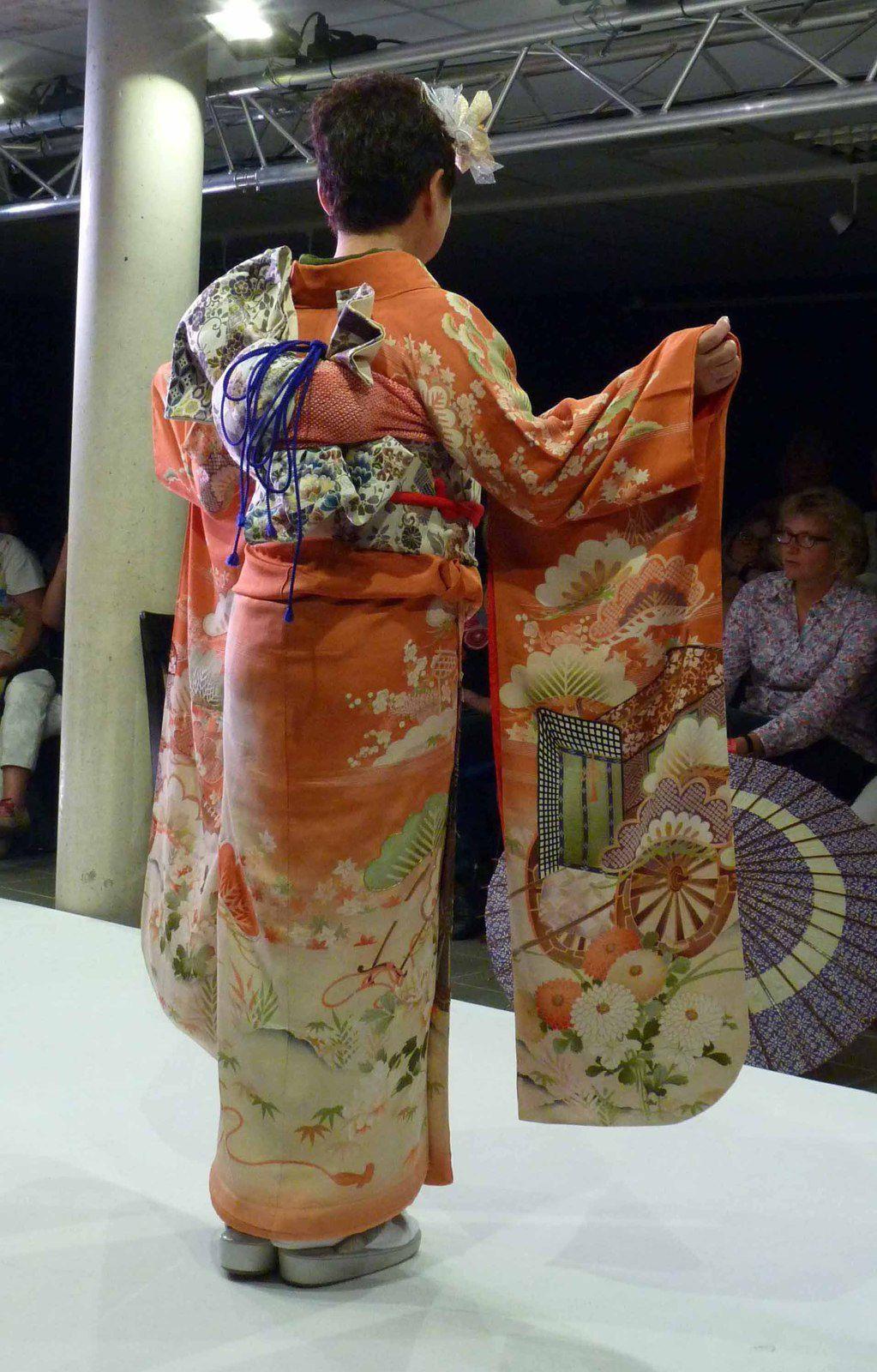 Ste Marie Kimono Show
