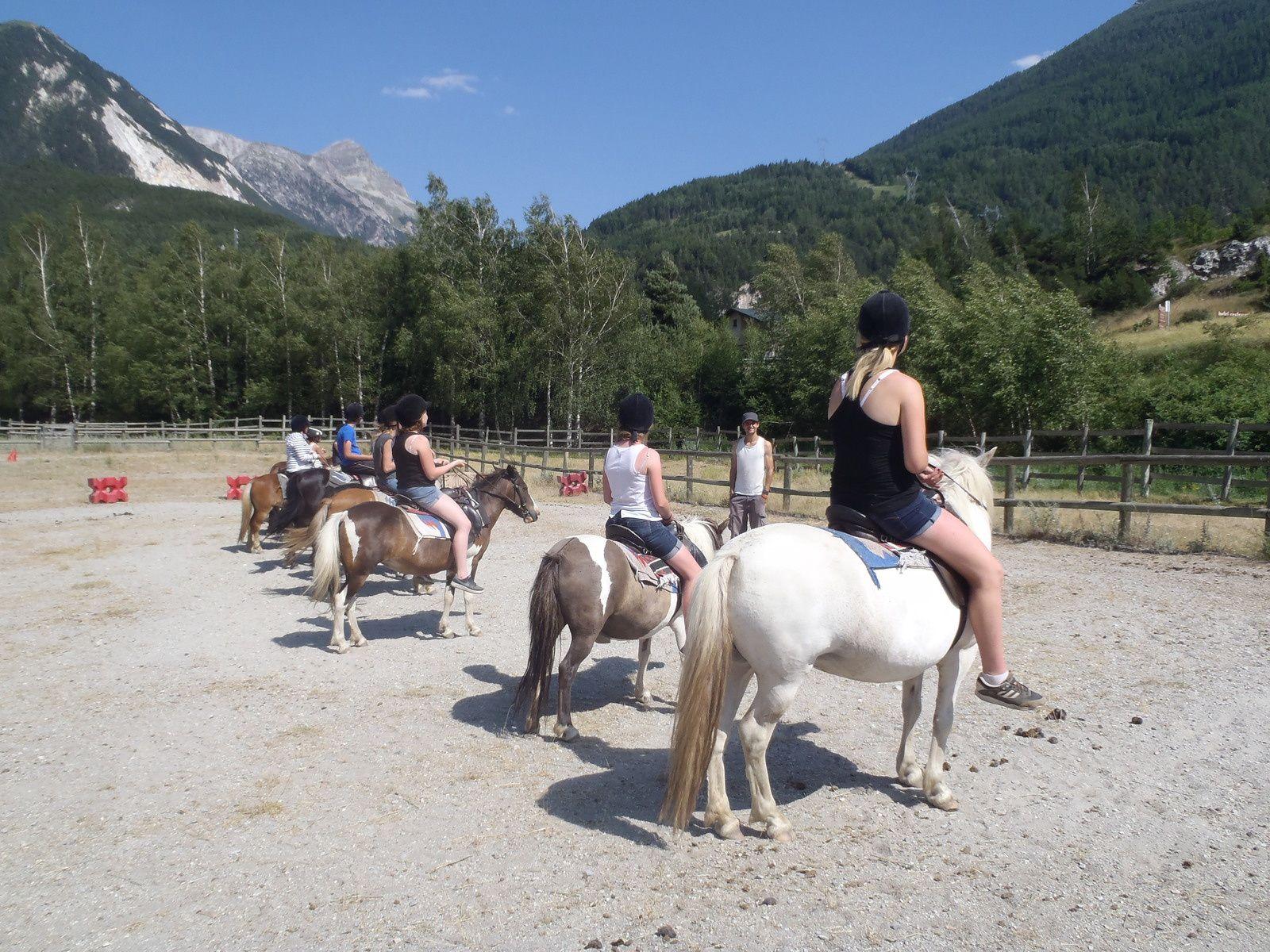 Les ados au poney