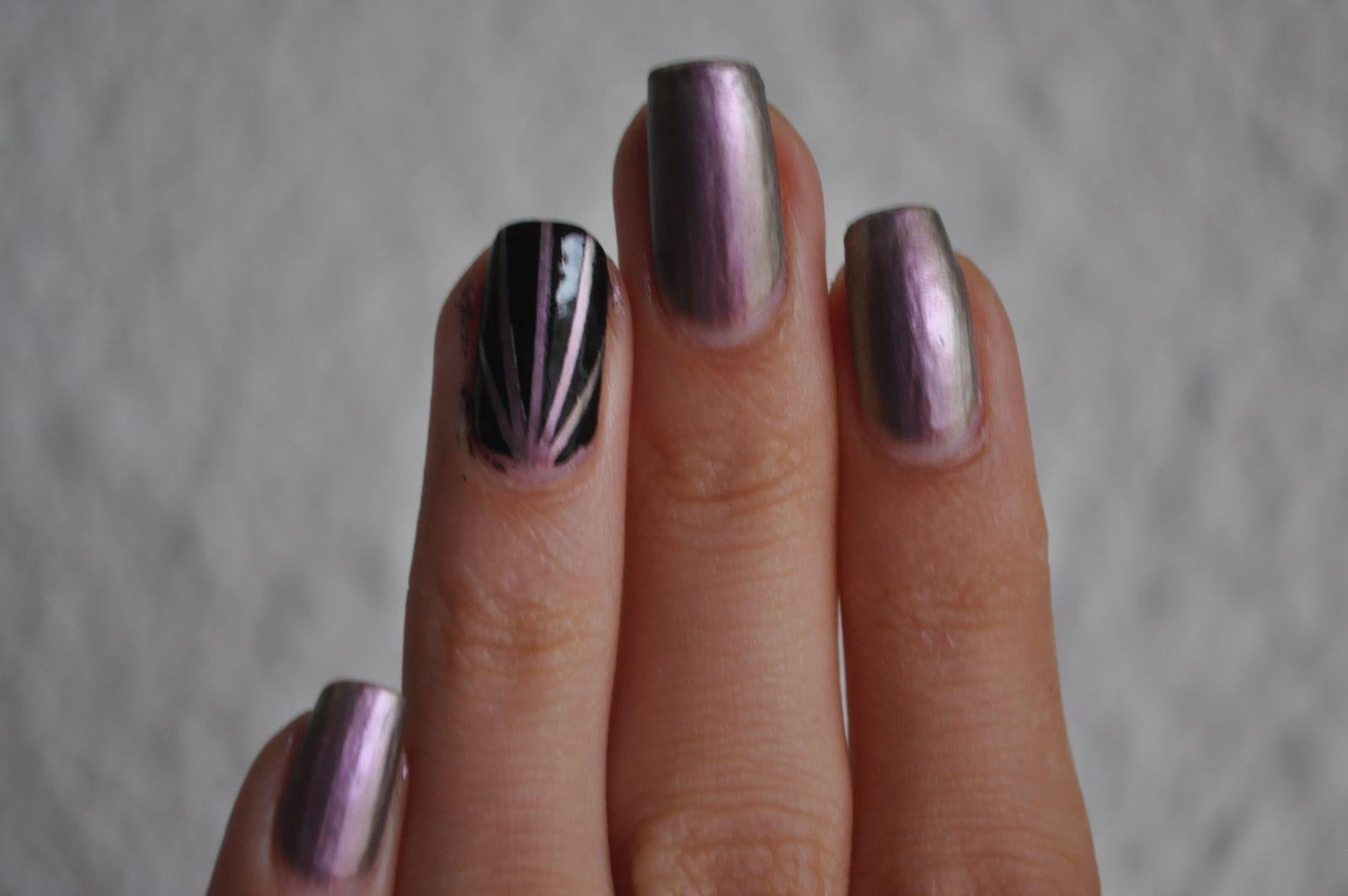 Laser tape nail art ( tuto inside)