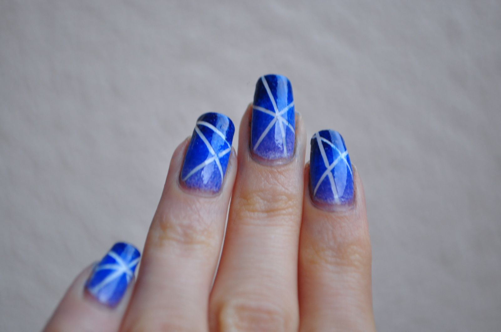 [Nailstoming] Complètement (striping) tapée