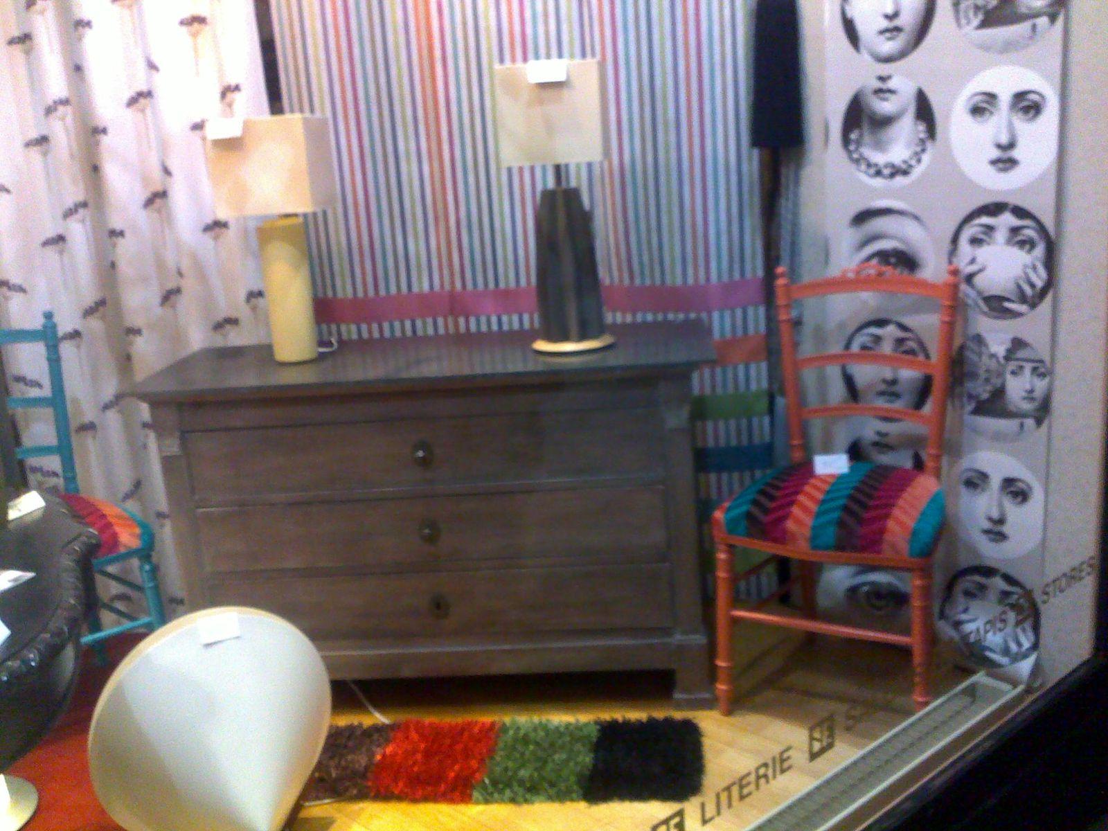 exposition de meuble peint et patines a vendre voir sur epinal meubles et. Black Bedroom Furniture Sets. Home Design Ideas