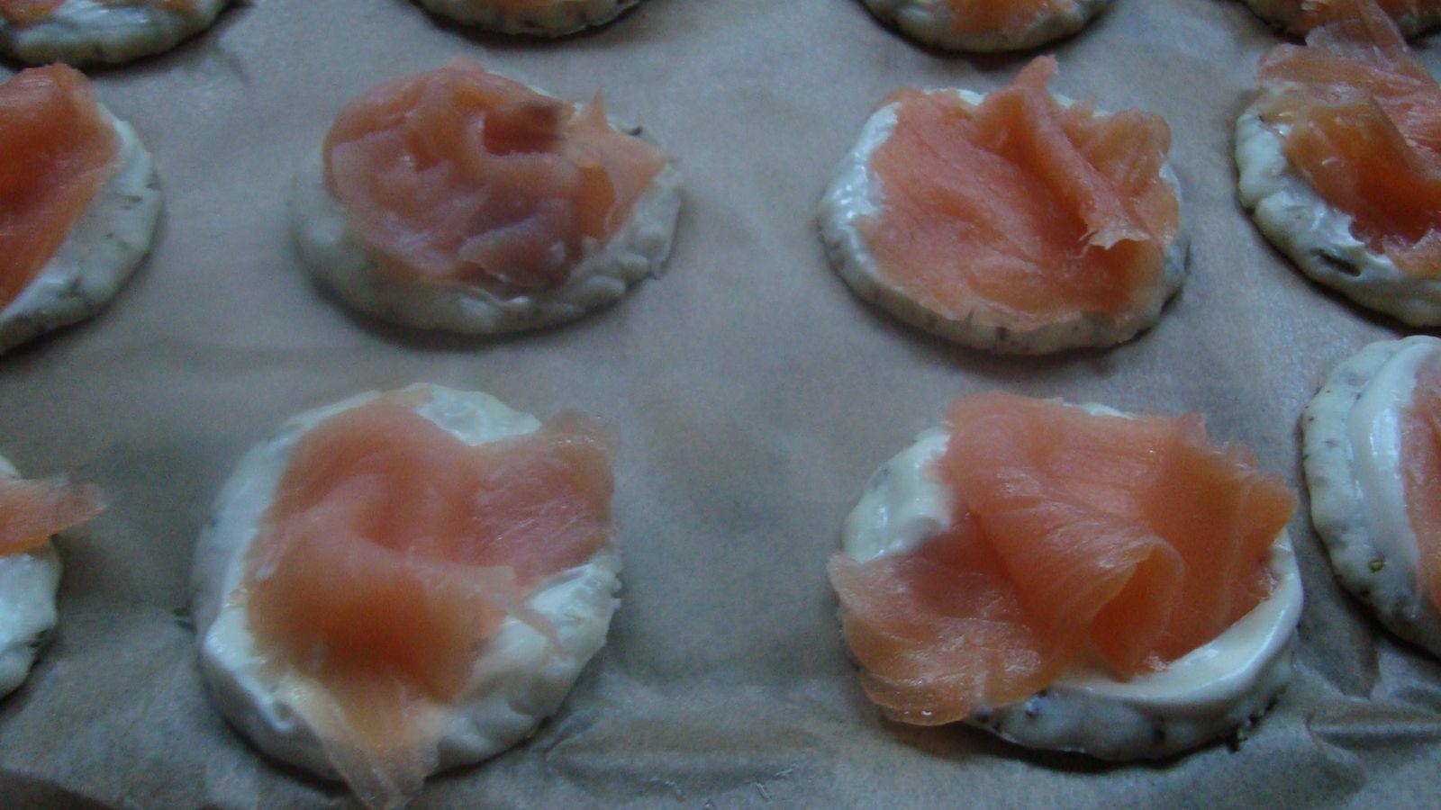 mini pizza au saumon  et cachir