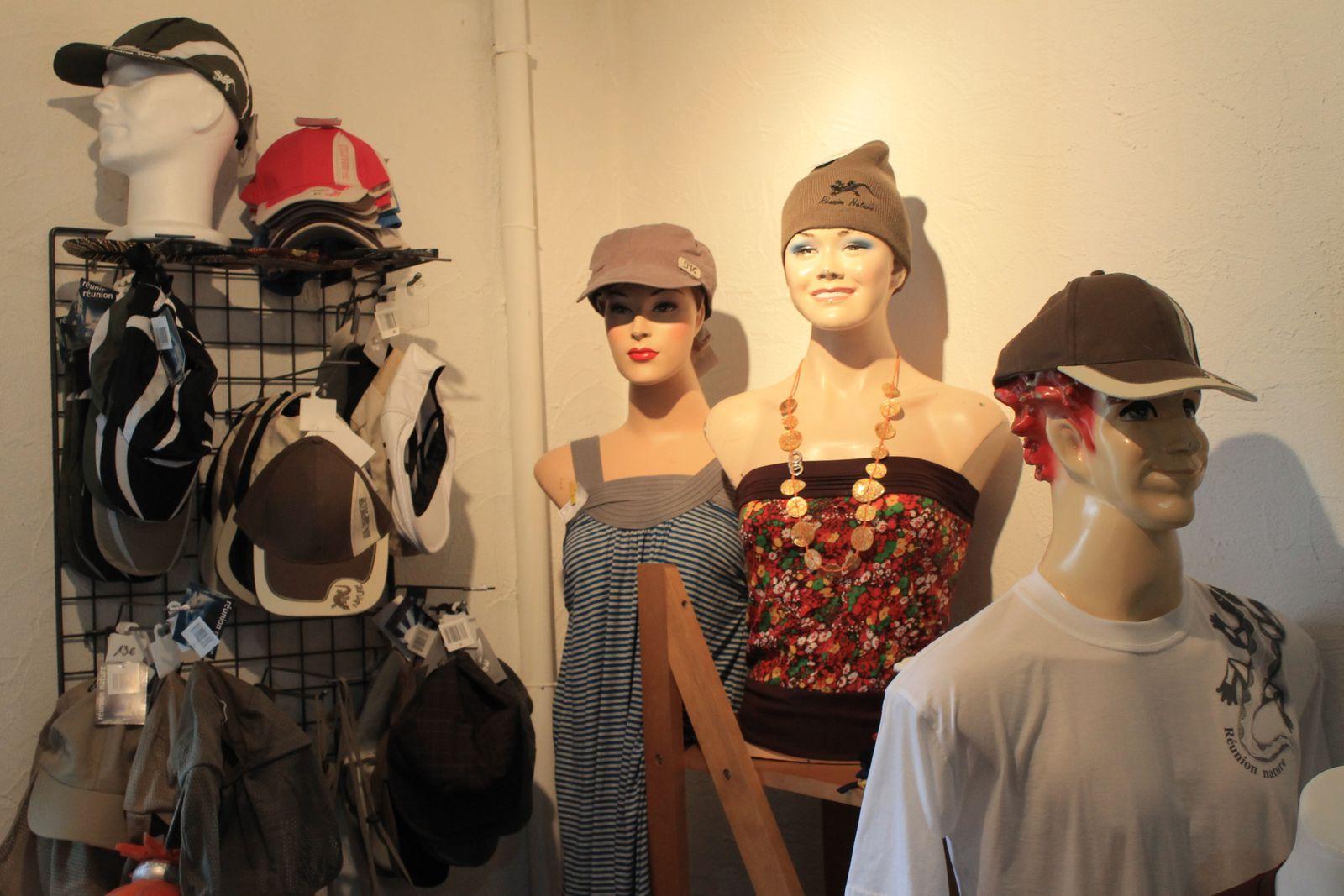 Coin chapeaux, casquettes et bonnets (hommes/femmes)