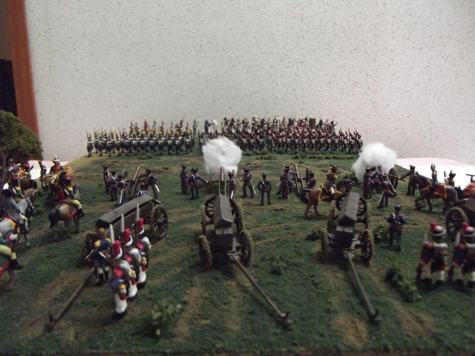 L'artillerie soutien l'avançe des troupes .......................................