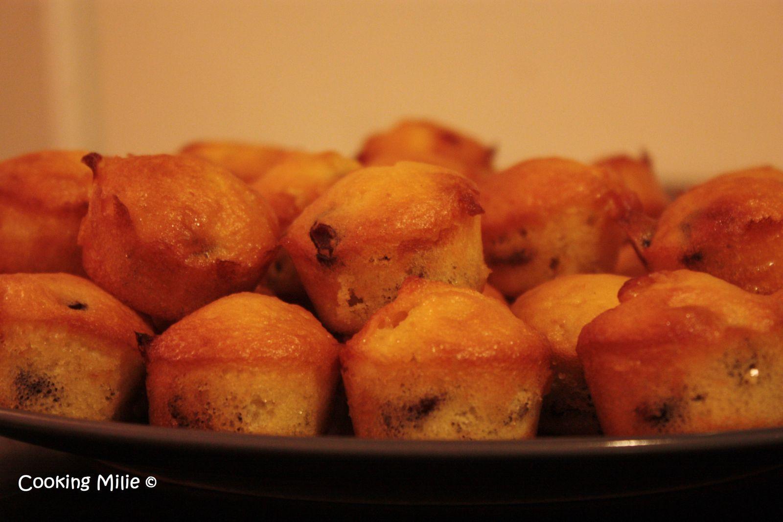 Minis muffins aux cranberries séchées et pépites de chocolat blanc
