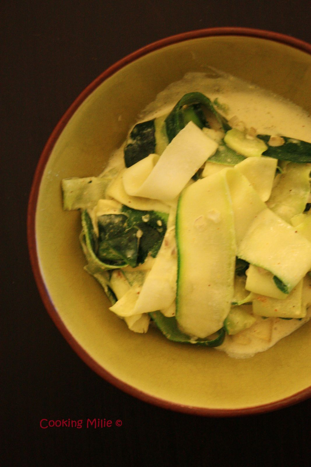 Tagliatelles de courgette au curry