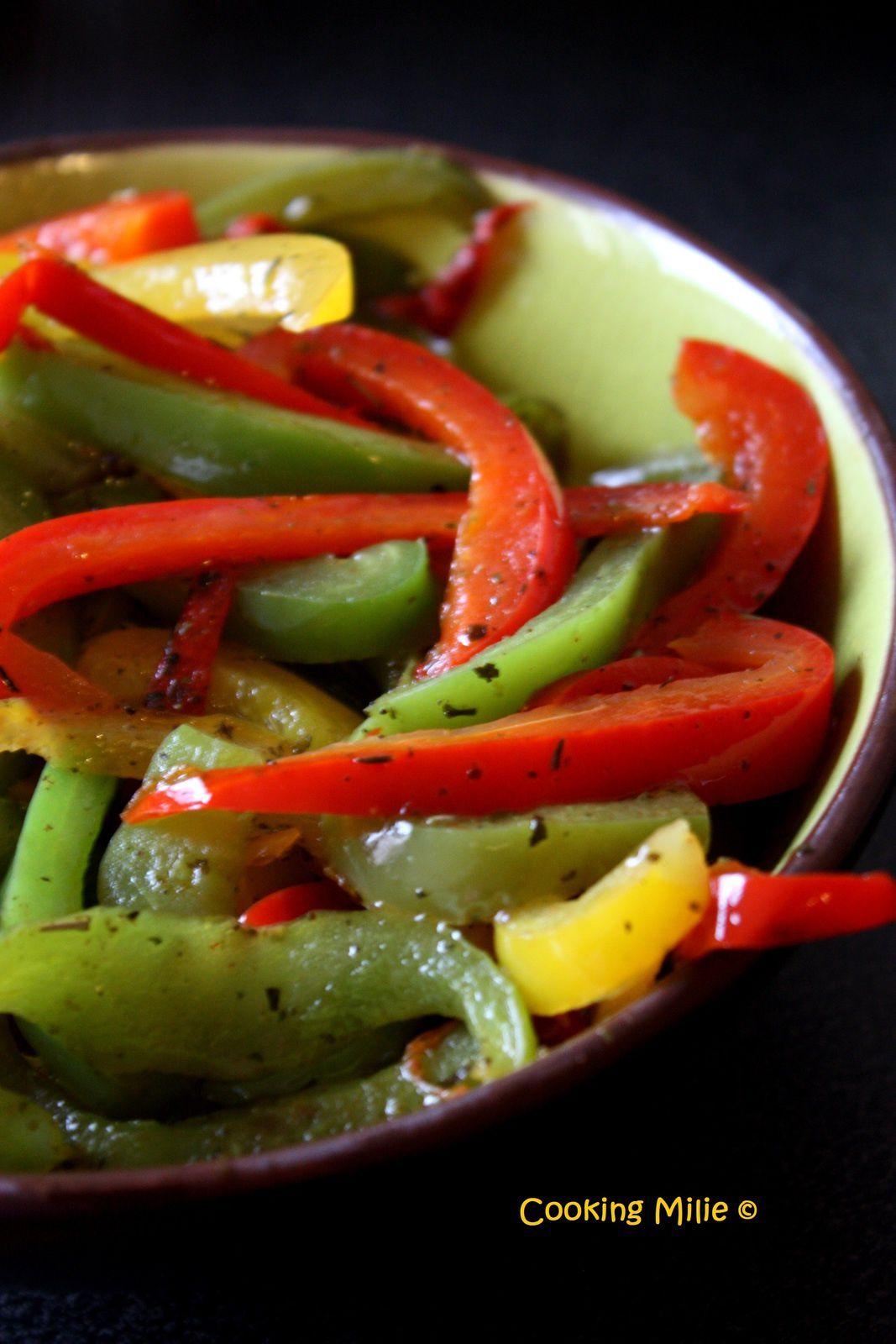 Poivrons marinés à l'huile d'olive et aux herbes de provence