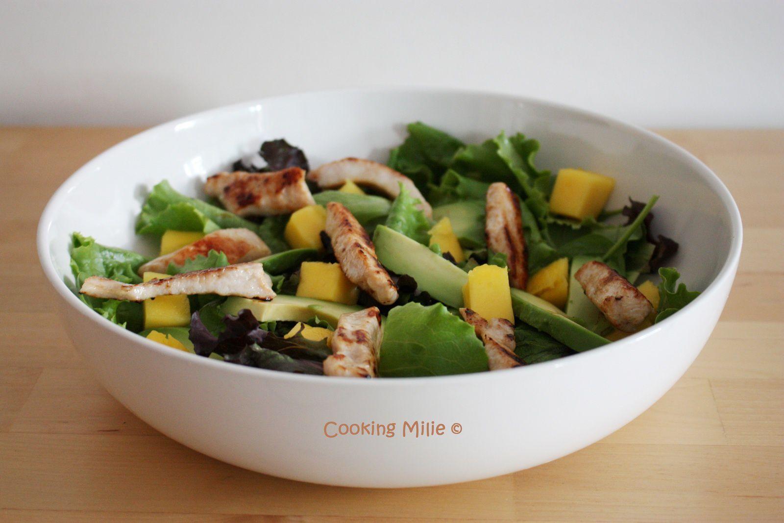salade d 39 avocat la mangue et au poulet cooking milie. Black Bedroom Furniture Sets. Home Design Ideas