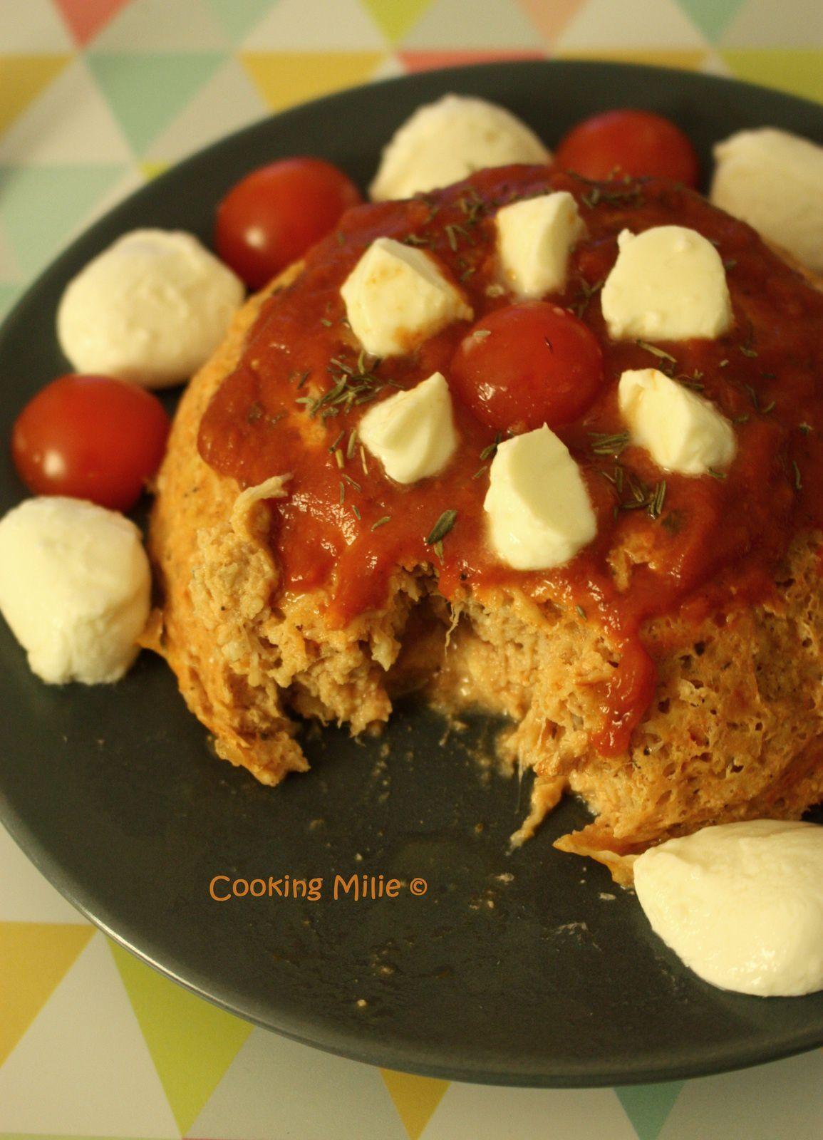 Bowl cake au thon et à la sauce tomate