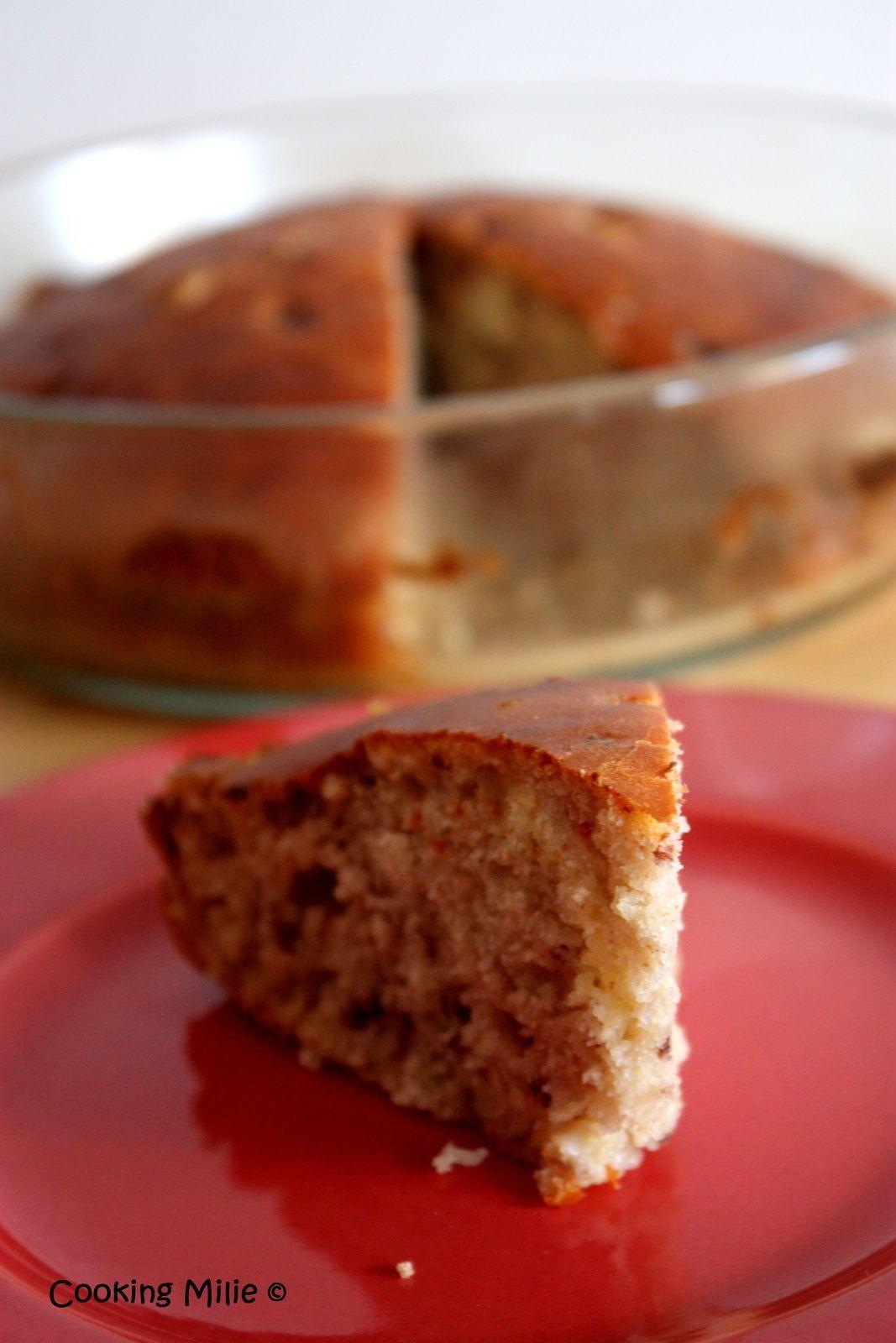 Gâteau aux griottes et pépites de chocolat blanc