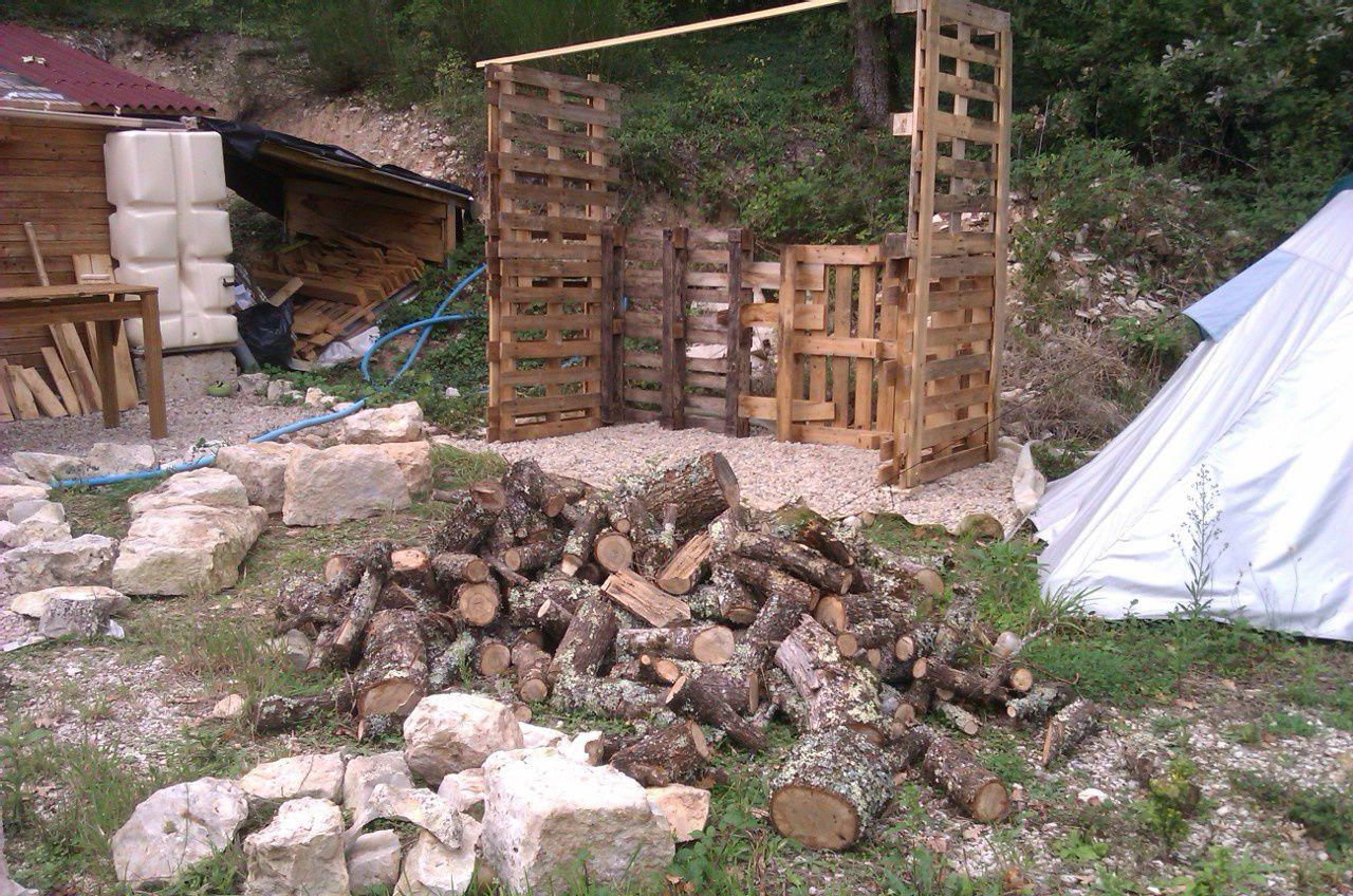 Septembre 2013 - Et voilà le bois débité à la tronçonneuse