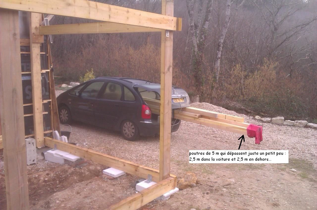 22 février 2016 : transport des poutres de 5 m de long dans la voiture...