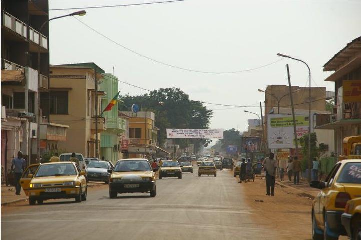 Développement et identités en Afrique : la clé ne rentre pas dans la serrure !