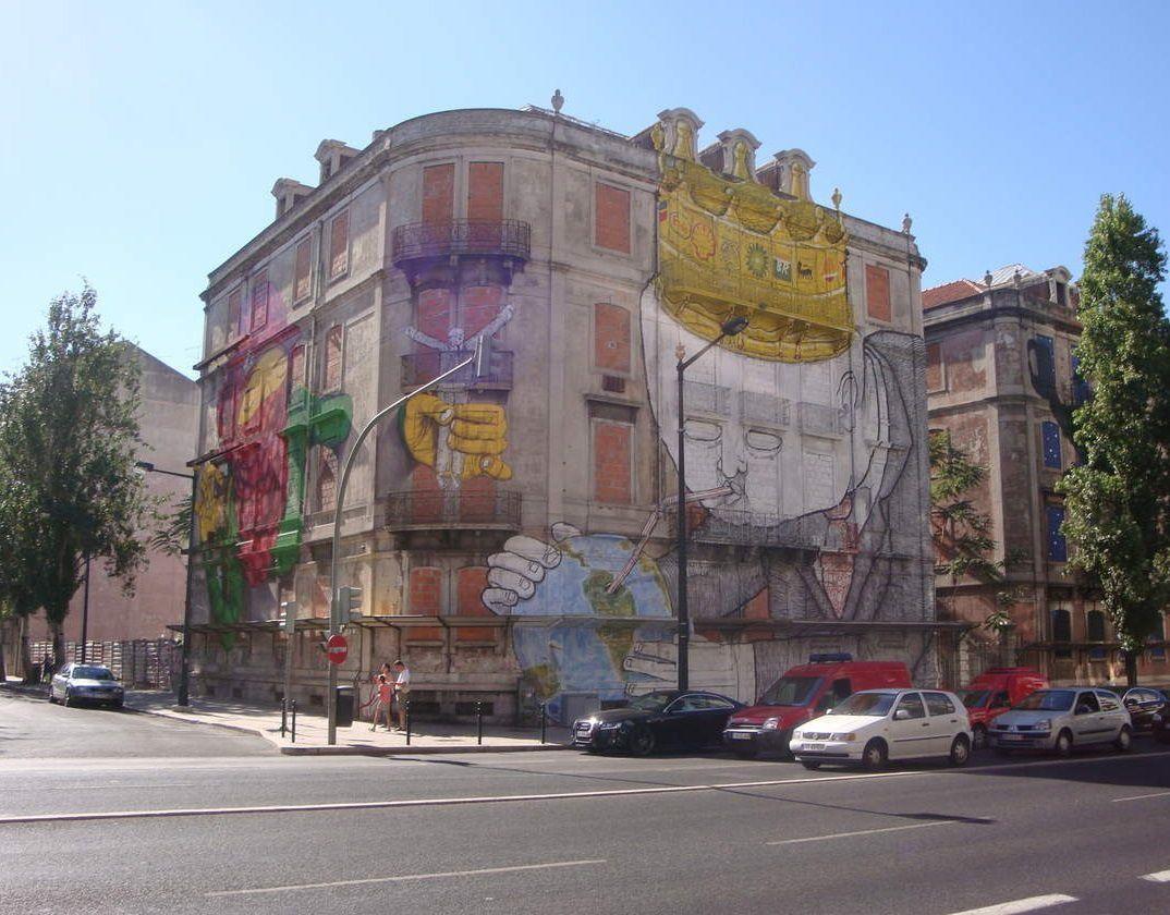À Lisbonne, la question du logement est marquée par l'existence de nombreux bâtiments inoccupés et délaissés.