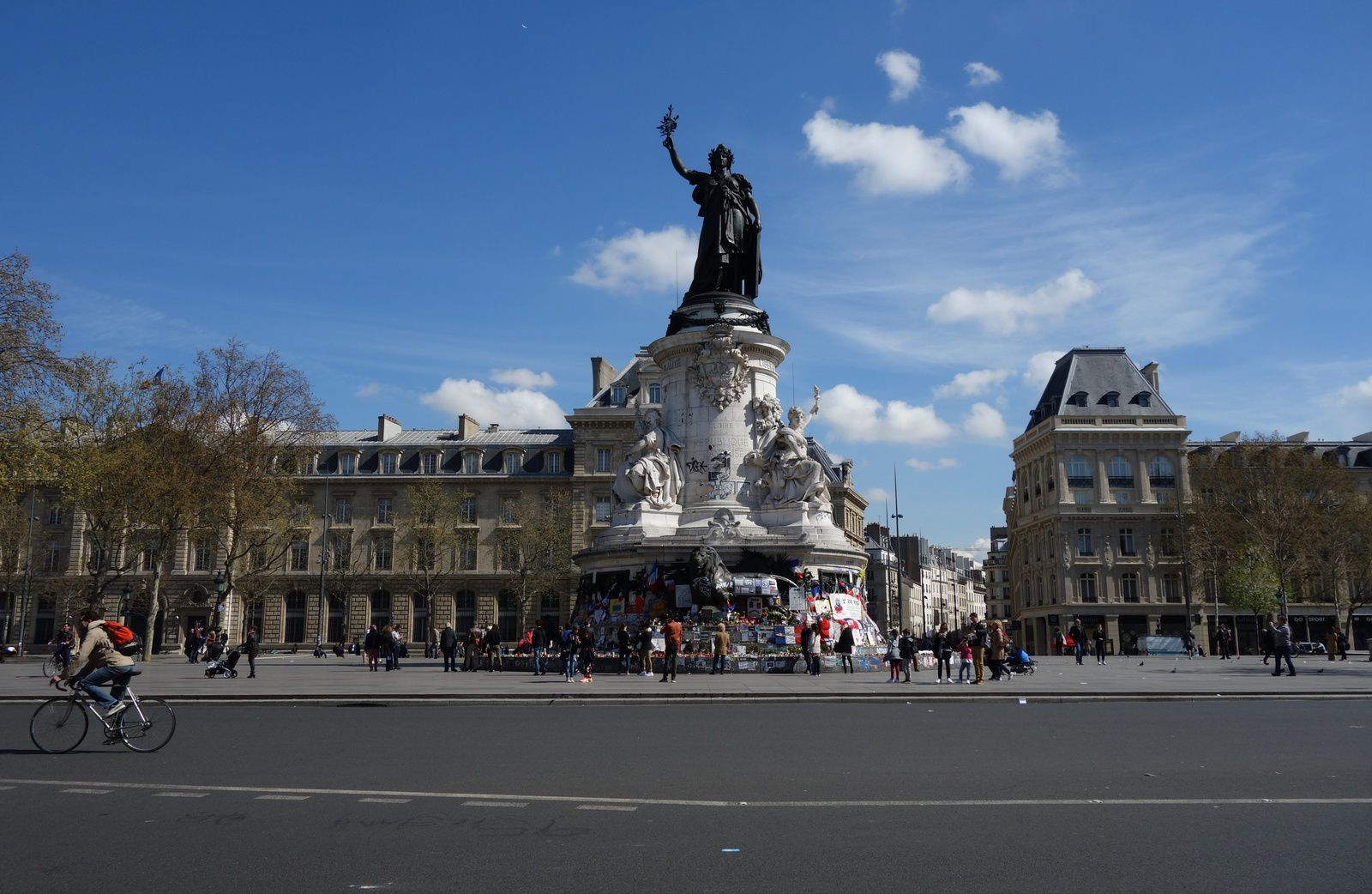 Place de la République, à Paris.