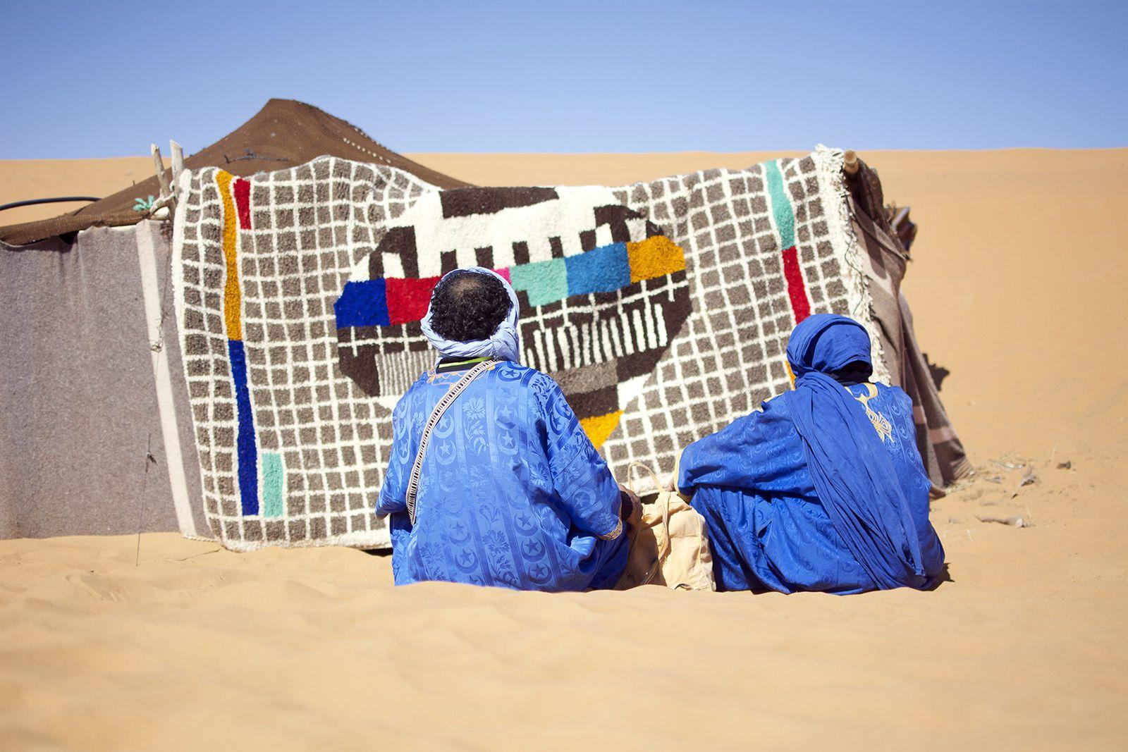 """Le """"Tapis-mire"""" dans les dunes de Merzouga."""