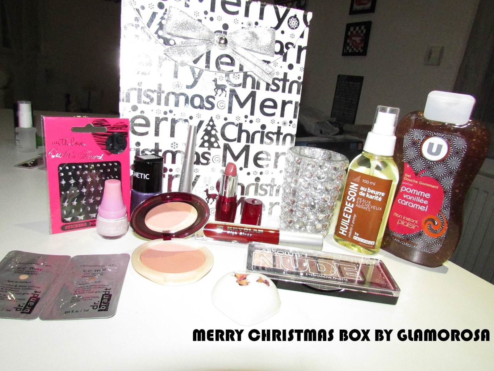 MERRY CHRISTMAS BOX CONCOURS BY GLAMOROSA