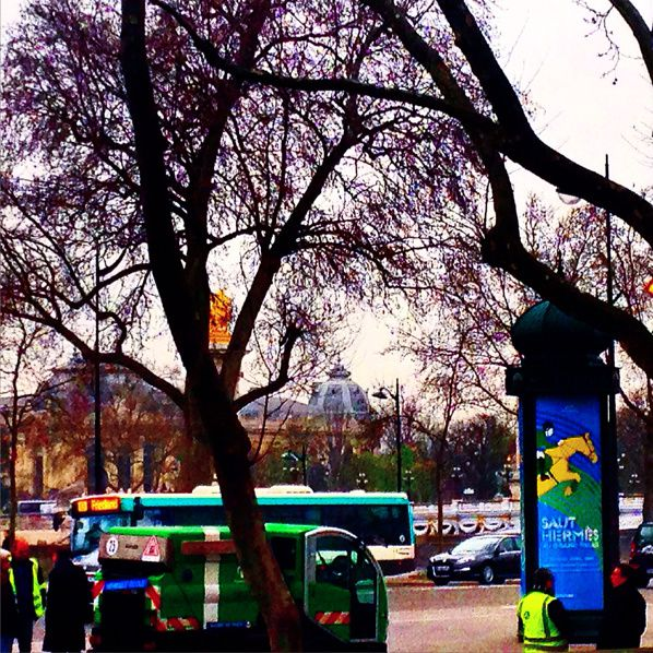VERT ET JAUNE #paris #ville #colors #green