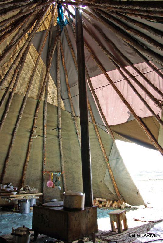 Habitat traditionnel des Tsaatans