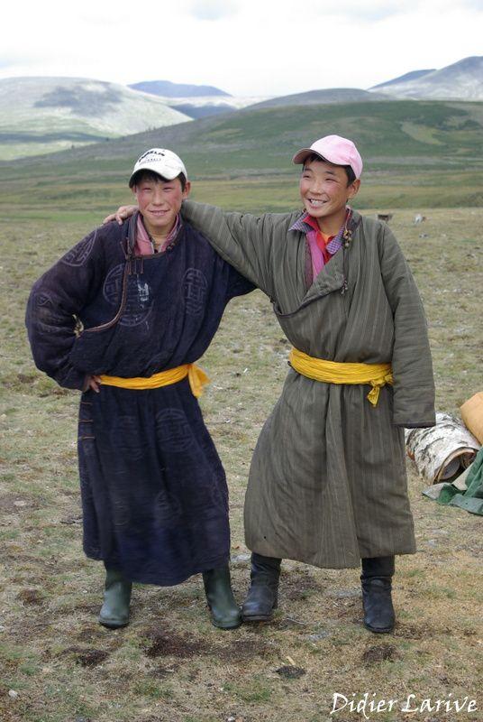 Mongols, Kazakhs, et Tsaatans....