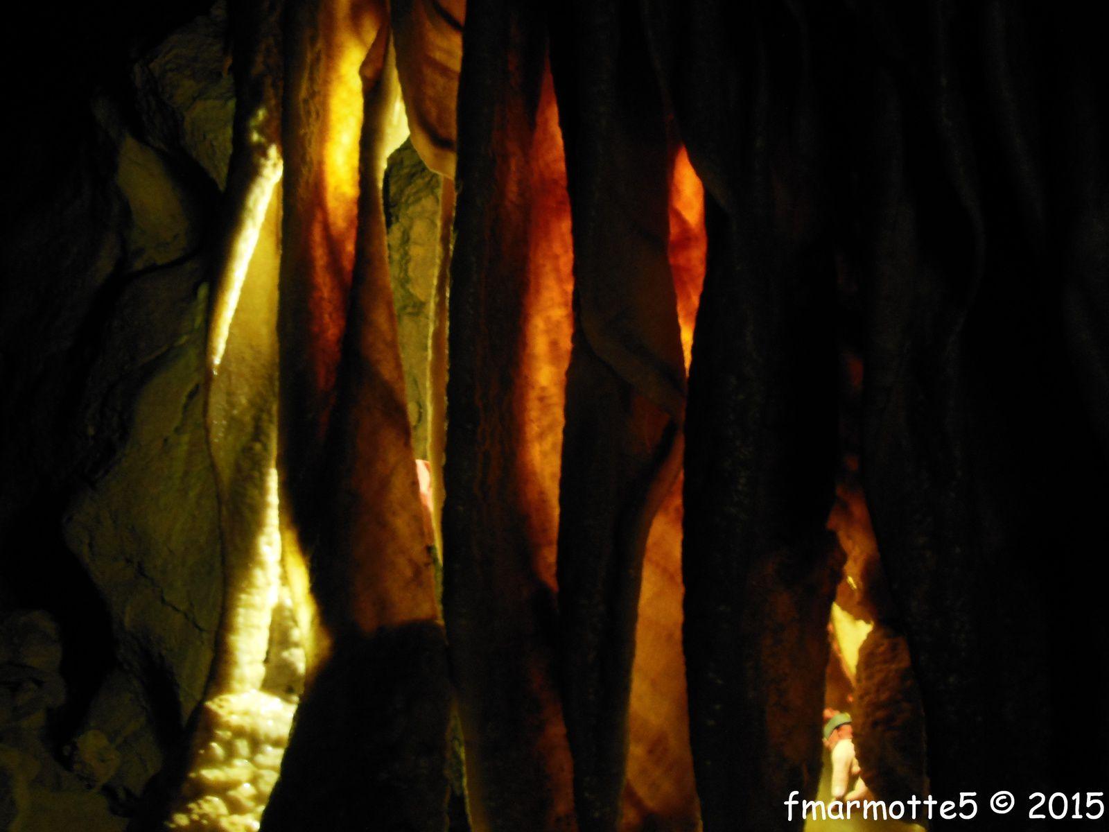 La Grotte Roche, Gorges de la Bourne, spéléo dans le Vercors.