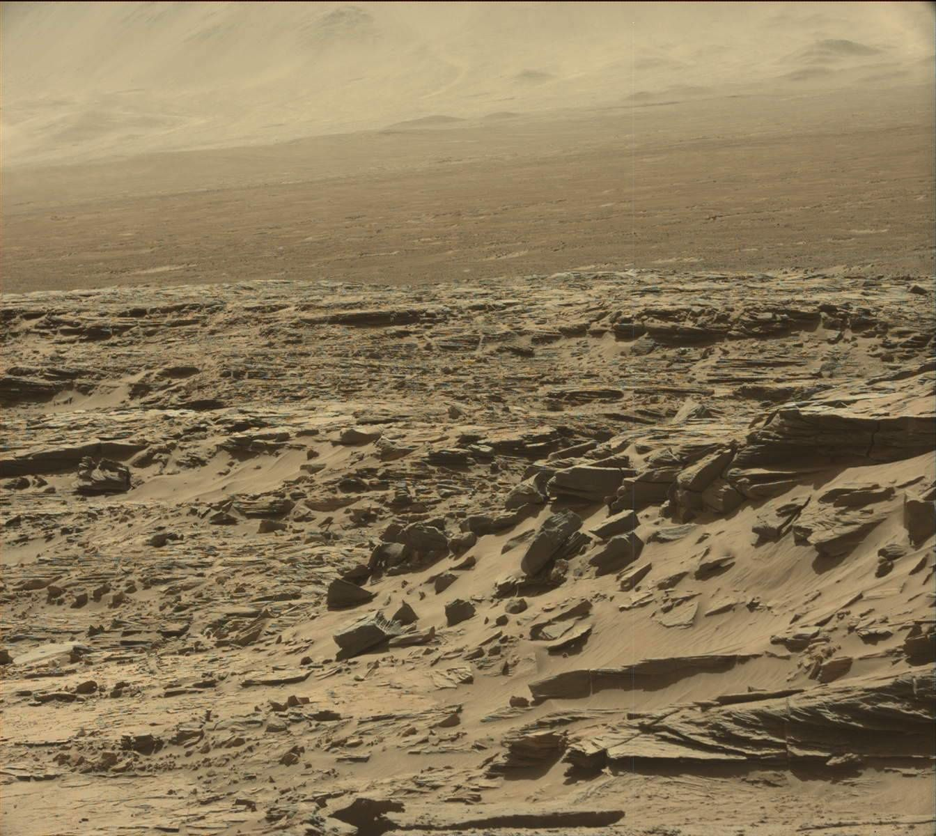 Photo originale. Crédit photo NASA. Curiosity SOL 1290. Le 23 mars 2016.