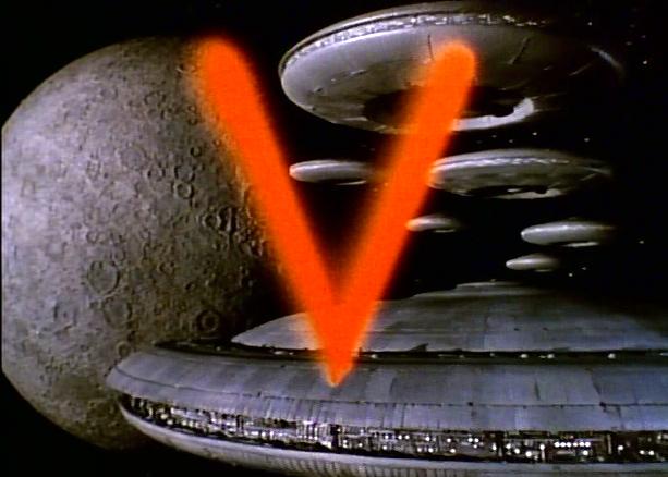 """Image : les Reptiliens de la série télévisée """"V""""...débarquent sur Terre..."""