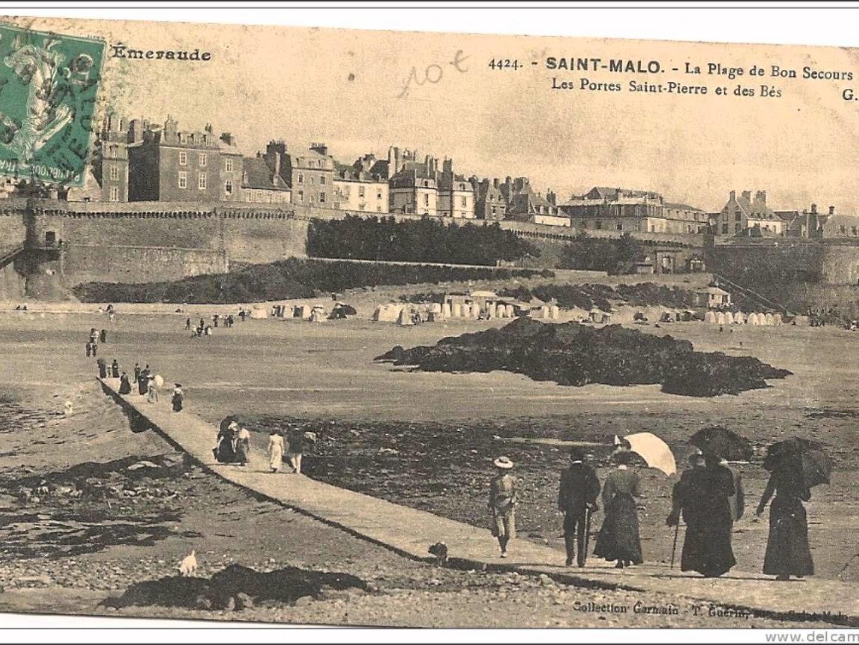La photo ici est une vue ancienne, une scène figée, à Saint-Malo, en Ille-et-Vilaine, France.
