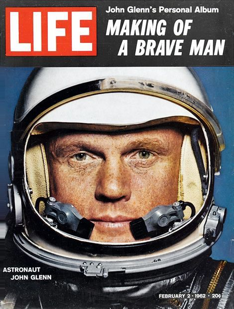 Photo : John Glenn, à la une du magazine Life...