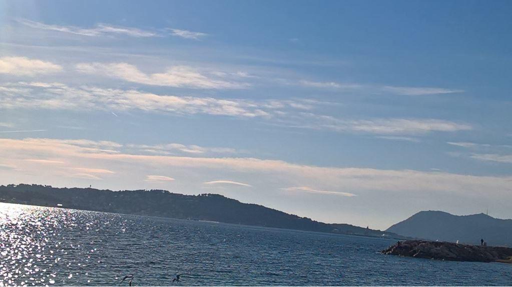 Photo originale n° 1, crédit photo Christian Macé. Prise aux plages du Mourillon, à Toulon, le dimanche 08 janvier 2017 vers 14 heures...