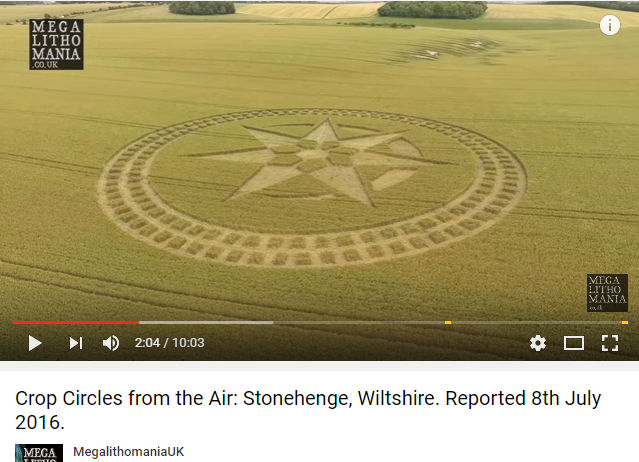 Photo : Crop Circle à Stonehenge.