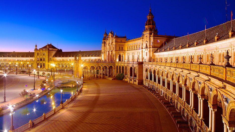 La photo ici est une vue de Séville.