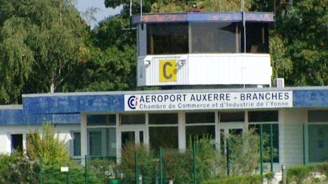 Photo : une vue de l'aérodrome de Auxerre-Branches...