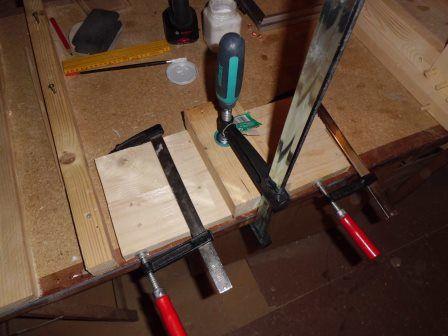 faire une table basse avec une palette en bois etape 9. Black Bedroom Furniture Sets. Home Design Ideas