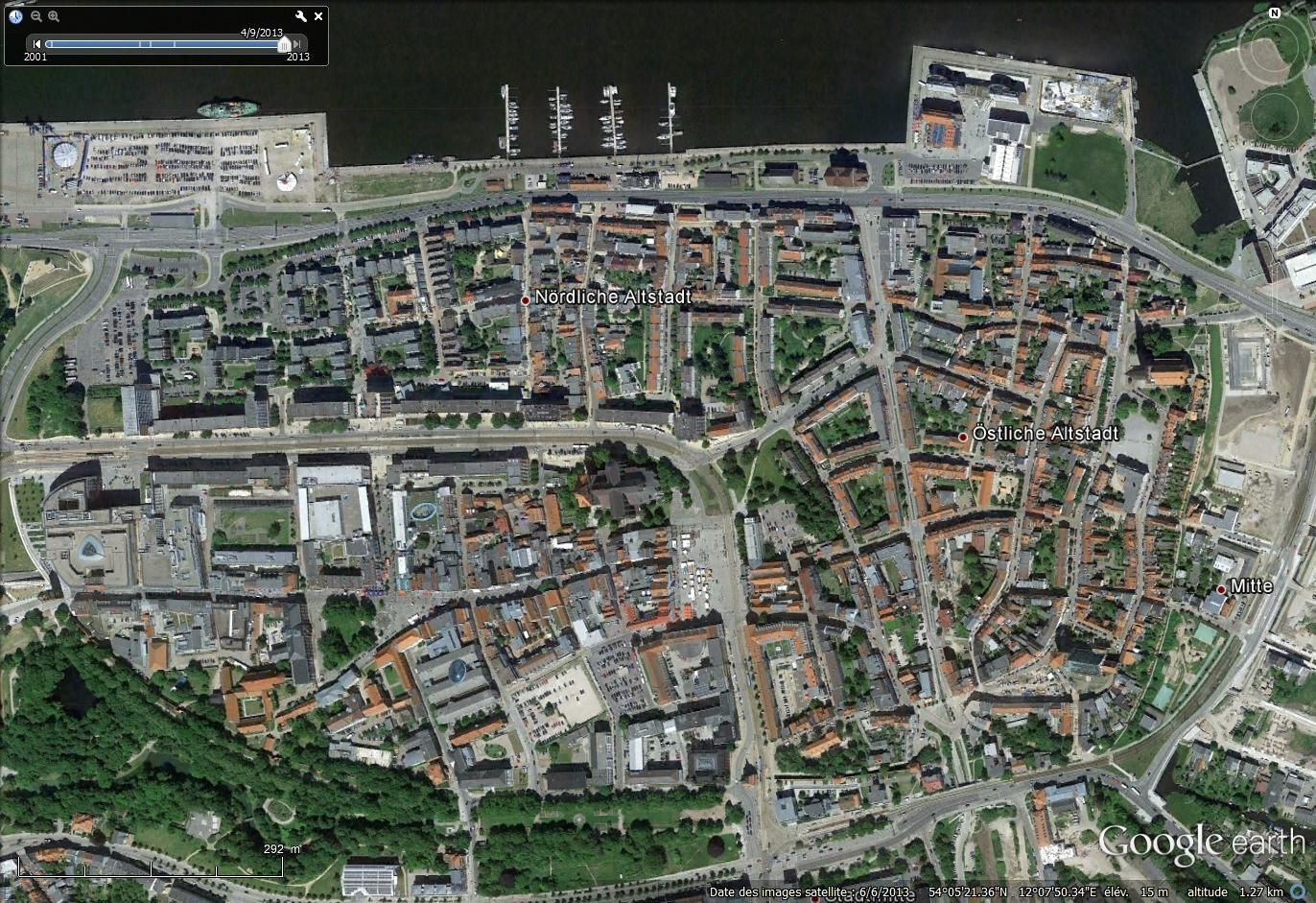 Images satellitales de juin 2013 sur Google earth : Warnemünd et Altstadt