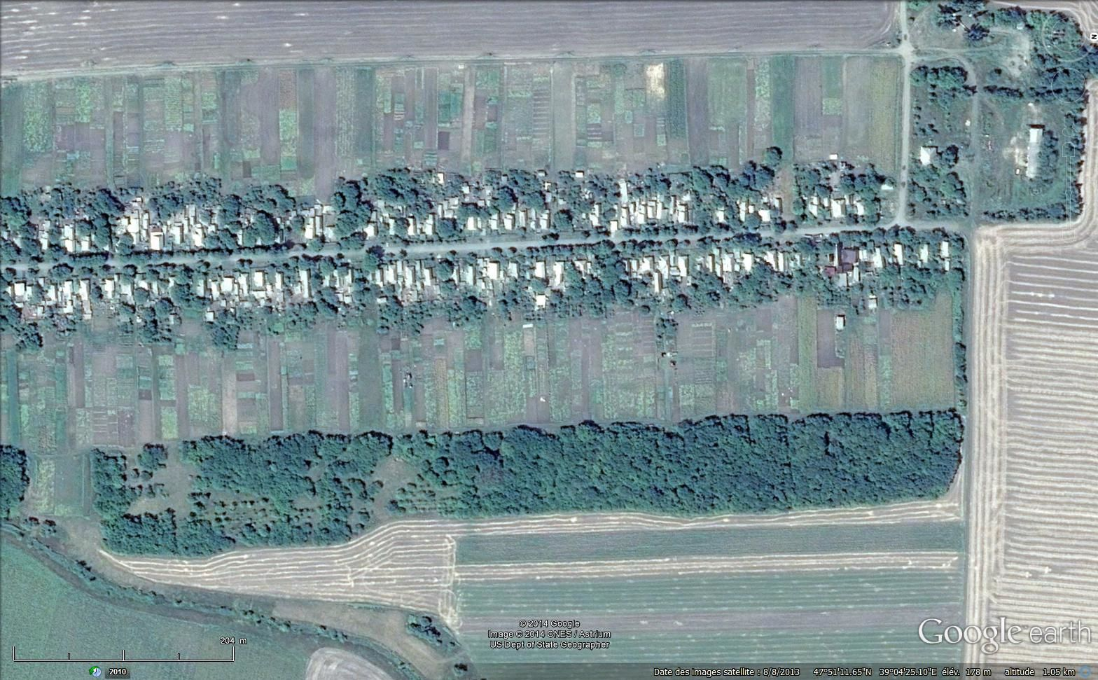 Google earth : 1 et 2. Villages-rues du Donbass - 3. La lisière (à Donetsk )