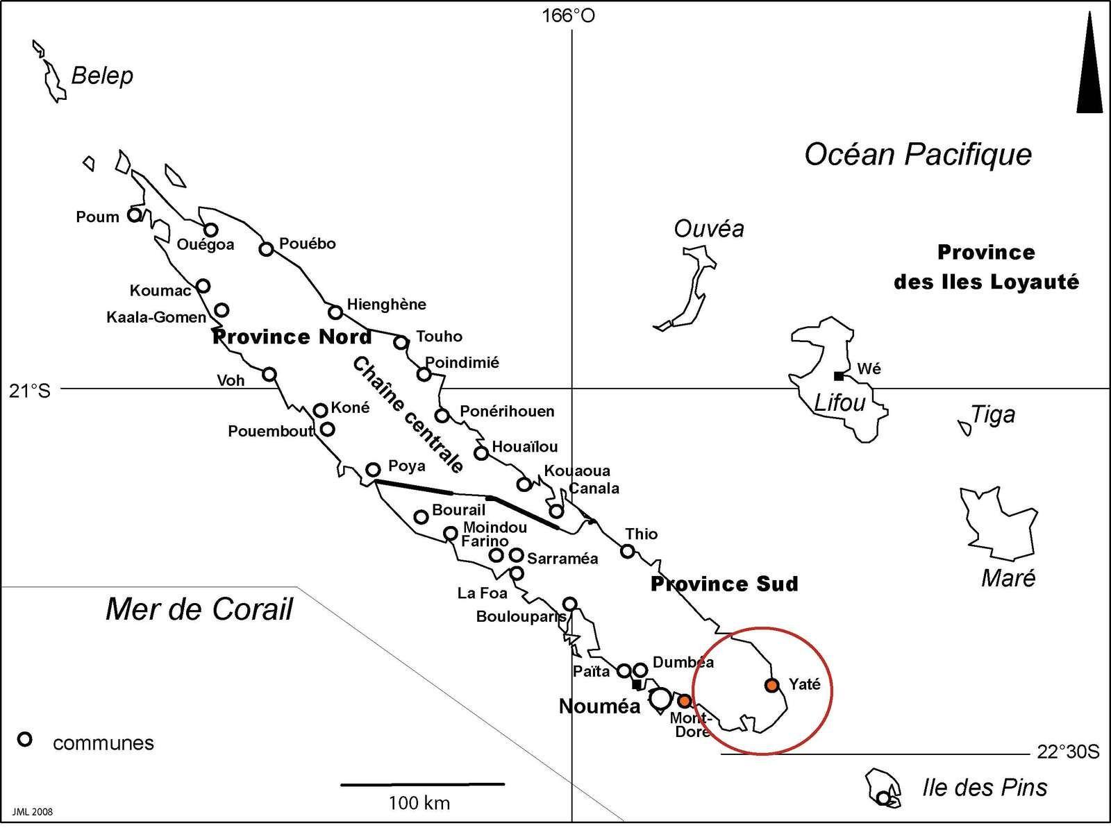 Le plus grand massif de péridotites s'étend  dans le Sud