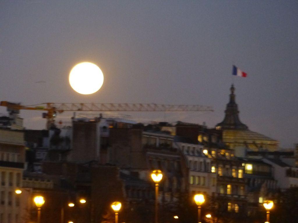 Photos prises le soir du 25 novembre