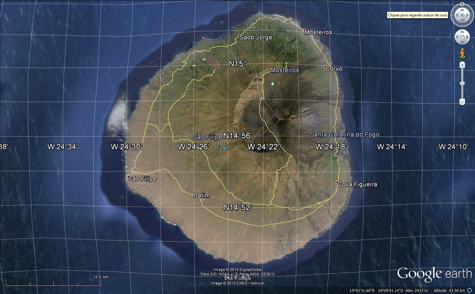Des îles volcaniques : ici Fogo vue via Google earth