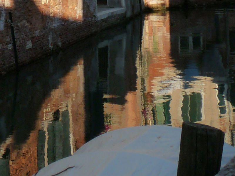 Son nom de Calcutta dans Venise déserte