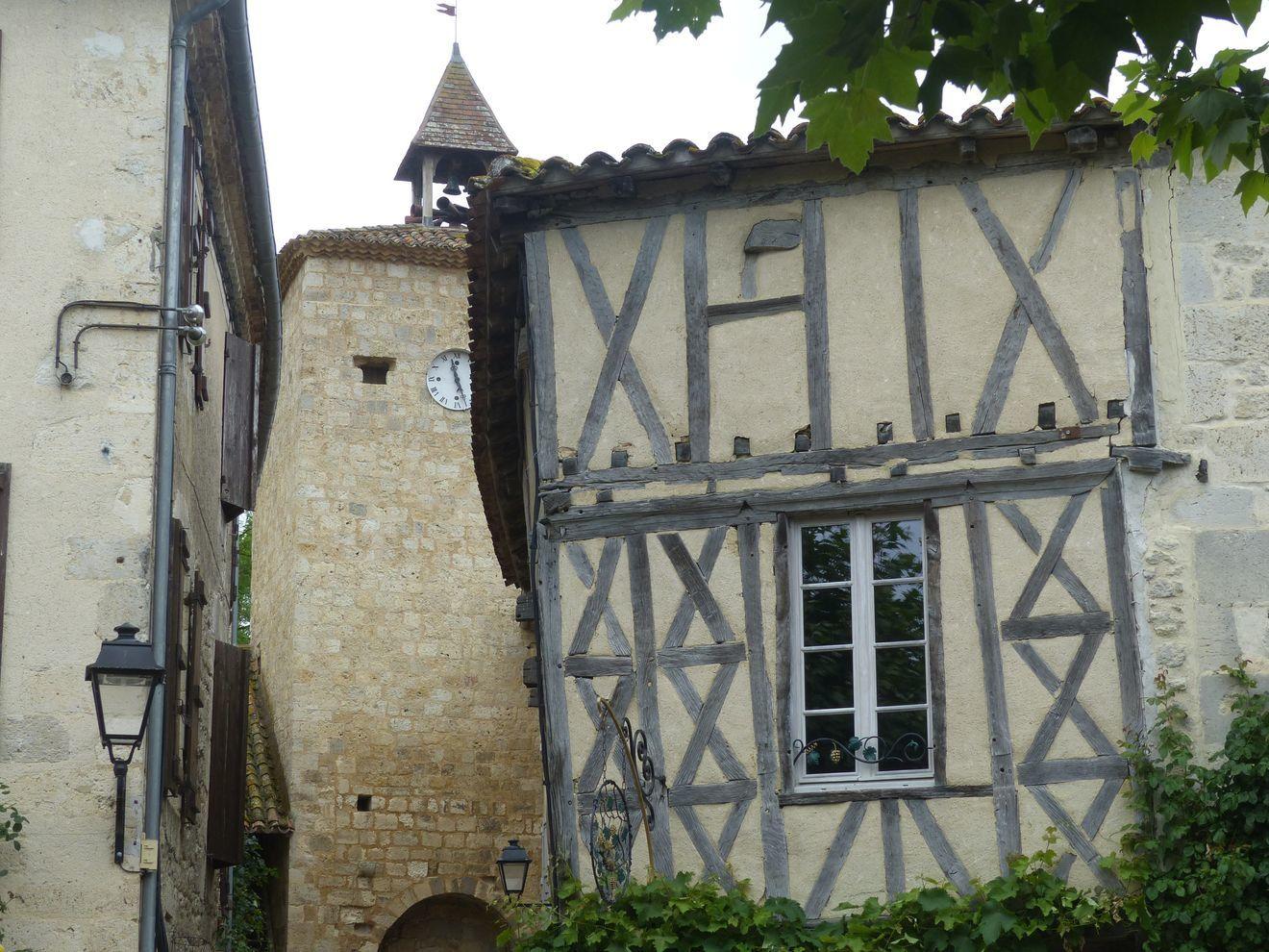 Cette bastide circulaire de l'Armagnac est un des plus merveilleux sites du Gers