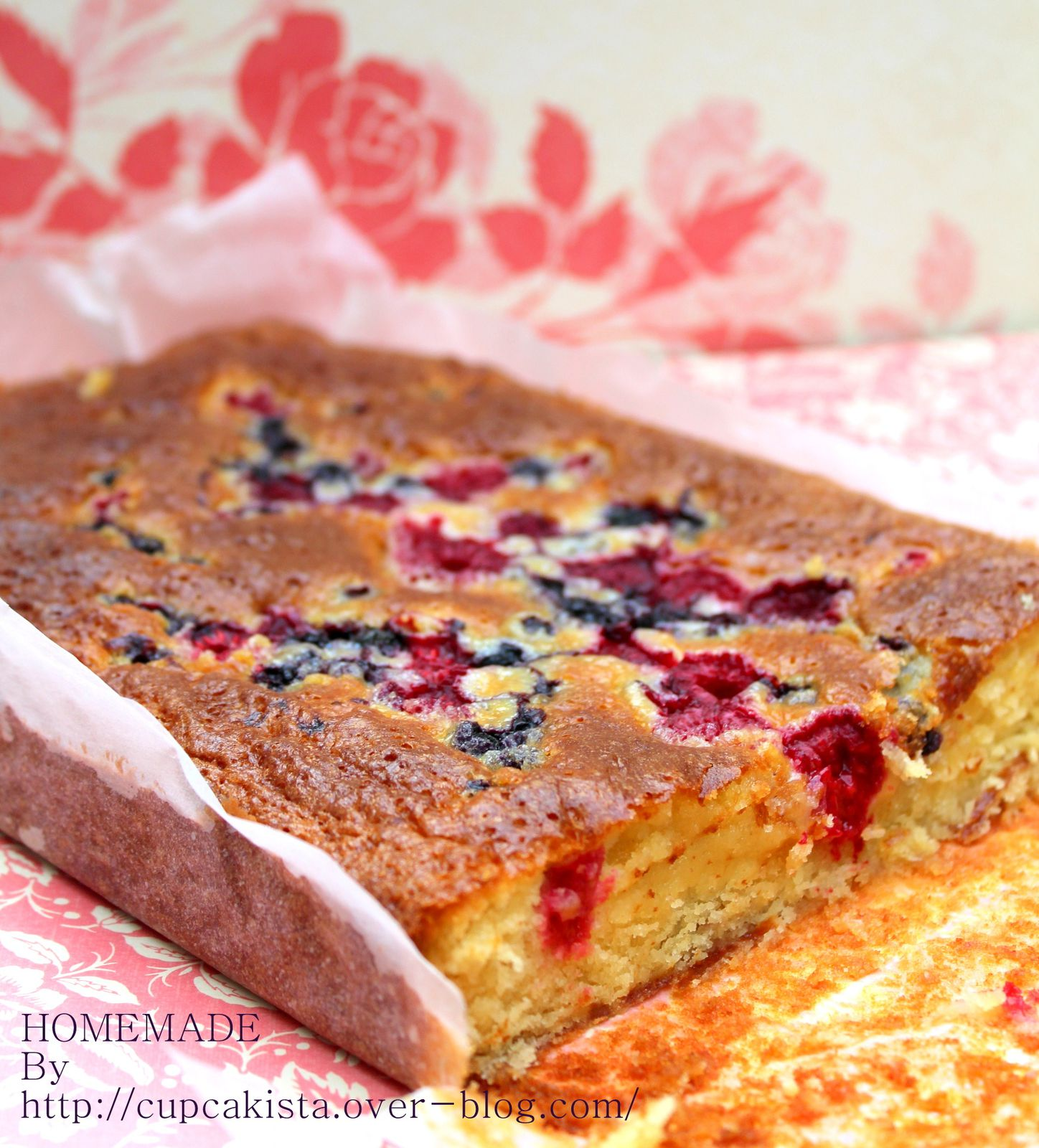 Blondies aux fruits rouges