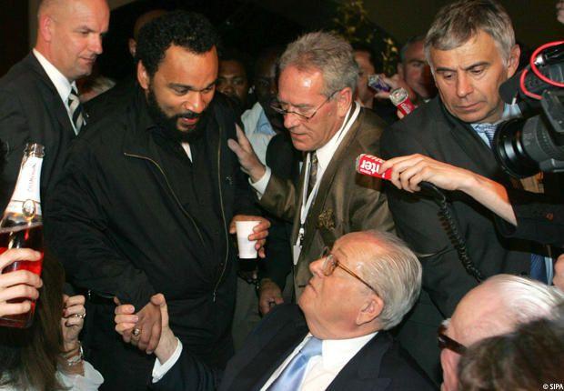 Avec J. M. Le Pen