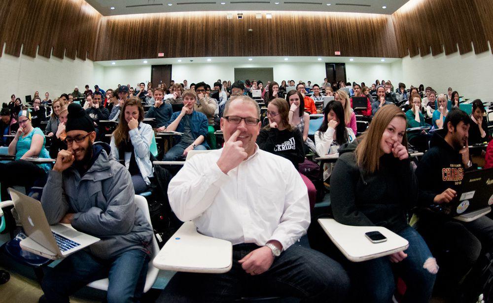Scott Napper et ses étudiants