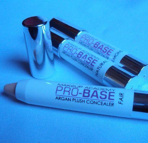 Le Pro-Base argan plush concealer de Mua