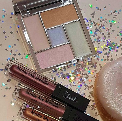 La collection Distorted Dreams de Sleek MakeUp (plus d'infos)