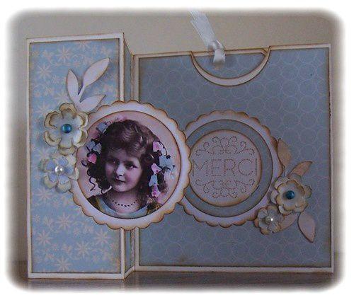 Carte bleue avec un tag