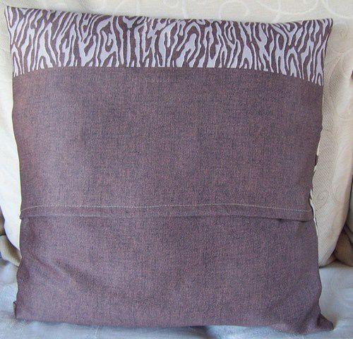 coudre une housse de coussin le blog de cathy. Black Bedroom Furniture Sets. Home Design Ideas