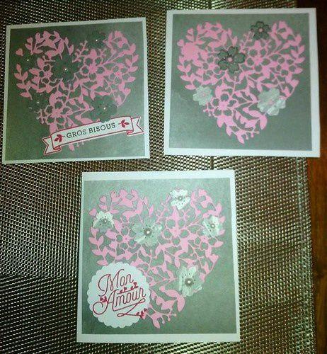 3 cartes dans les tons gris et rose, et 2 dans les tons écru et taupe